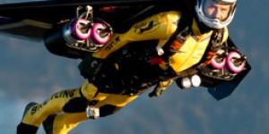 Jetman is real-life Iron man flying beside Jumbo Jet